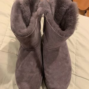Grey Ugg Boots with Bows